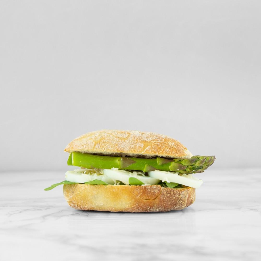 broodje groene asperges