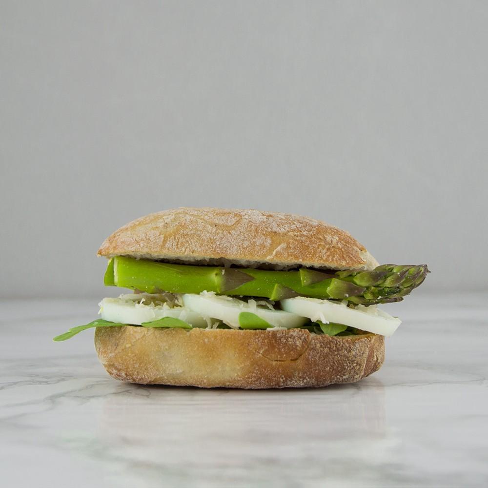 broodje groene asperge