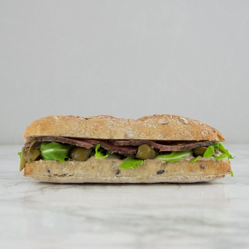 Broodje vitello tonnato