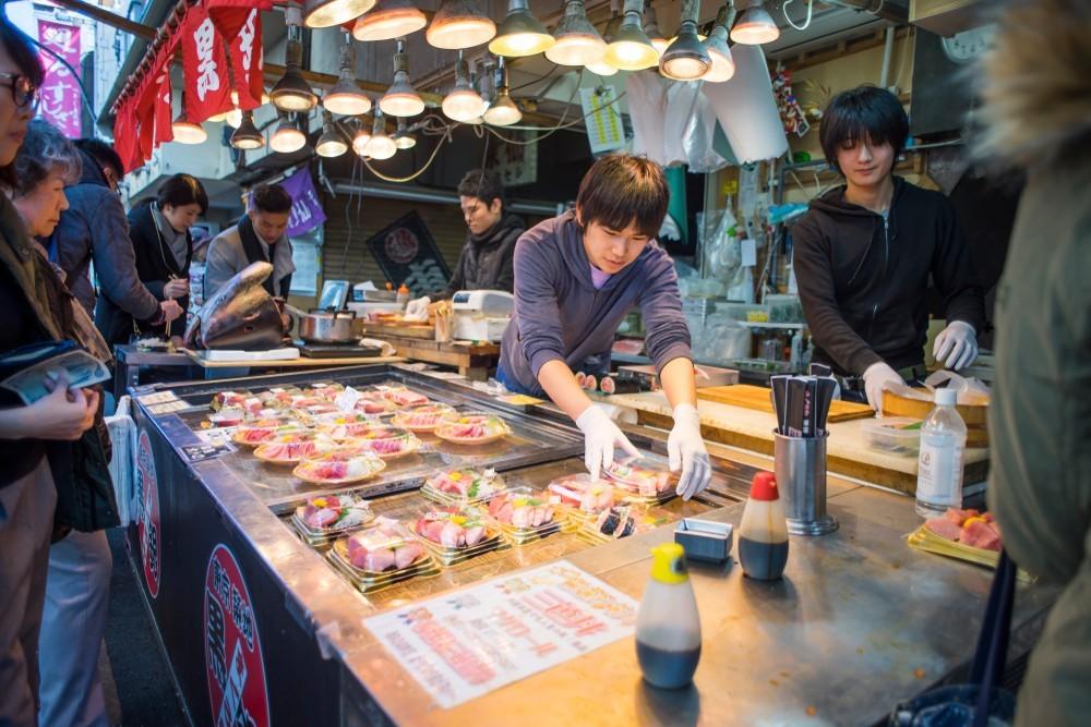 Broodje Sashimi van tonijn belegde broodjes